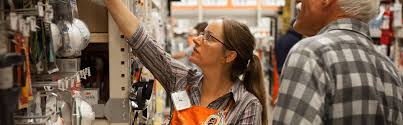 Home Depot Christmas Hours by The Home Depot 8 Things You May Not Know About Working At Home Depot