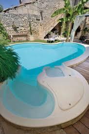 construire son jacuzzi piscine en kit des piscines à monter soi même installation facile