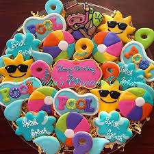 Pool Party Decoration Ideas Best 25 Pool Party Birthday Ideas On Pinterest Summer Bday