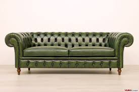 green leather chesterfield sofa types of chesterfield sofas u2013 chesterfield sofa
