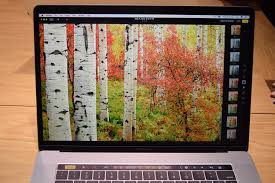 dell xps 15 vs macbook pro 15 with touch bar spec comparison