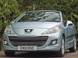 peugeot 207 used ice blue metallic peugeot 207for sale dorset