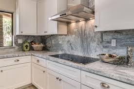 cuisines grises ces 15 cuisines grises et blanches vous feront pâmer 9 image 12 of