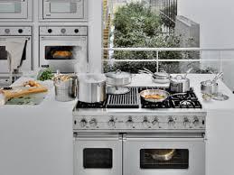 cuisson cuisine cuisine equipee avec piano de cuisson lertloy com