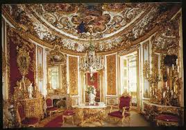Playles Linderhof Castle Dining Room With The Self - Castle dining room