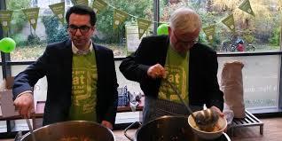 suppenk che berlin mitzvah day in der suppenküche der franziskaner in berlin pankow
