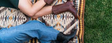 black friday boot deals black friday deals on custom gifts 4 austin startups to watch