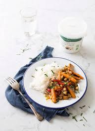 huile de noix de coco cuisine poêlée de carottes poivron et pois chiches à l huile de noix de