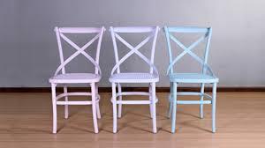 chaise bleue chaise bleue élégante et moderne westwing