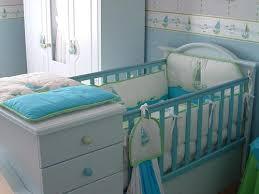 comment décorer chambre bébé aménager la chambre de bébé