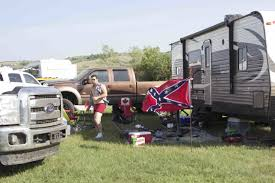 Truck With Rebel Flag We Saw Confederate Flags And Blake Shelton At Craven Country