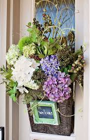 Gardening Basket Gift Ideas by Front Door Decor Front Door Decorating Ideas