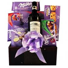 send a gift basket send chocolate gift basket delivery europe germany uk spain
