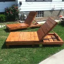 Making Wooden Patio Chairs by Best 25 Pallet Chaise Lounges Ideas On Pinterest Pool Lounge