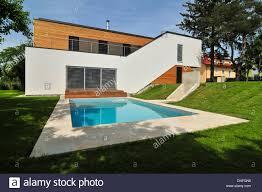 moderne holzhã user architektur wohnhaus familie troppmann einfamilienhaus haas architektur