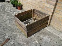 How To Make Planter Boxes by Diy Single Pallet Garden Planter How To Youtube