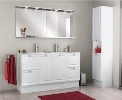 donne meuble cuisine meuble de cuisine moderne le verre donne un air spacieux en