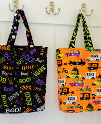 halloween goody bags easy diy trick or treat bag tutorial tutorials bag and sewing