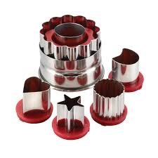 carlo u0027s bakery 6 piece classic linzer cookie cutter set red