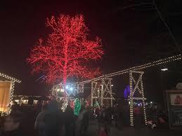 dollywood christmas lights 2017 a day at dollywood s smoky mountain christmas 2016 coaster101