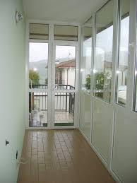 verande balconi verande in pvc per balconi idee di design per la casa