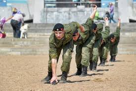 build a navy watchfit us navy seals to toughen up and build fast