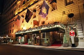 Christmas Decorations For Window Displays by Most Luxurious Hotels With The Best Christmas Window Display Ideas