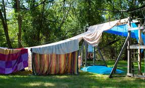 backyard blanket tent living room fort