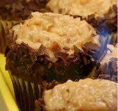 gourmet cupcakes fleckenstein u0027s bakery mokena illinois serving