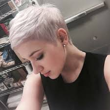 runners with short hair the 25 best white highlights ideas on pinterest blond hair with