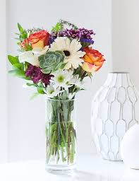 online flowers delivery luxe flower delivery services for last minute floral arrangements