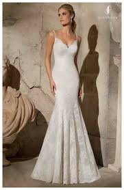hire a wedding dress wedding dress hire vs buy what is the best option for you