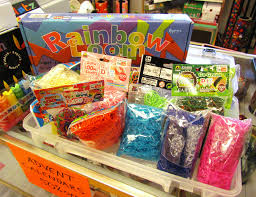 100 rainbow guide loom 261 best rainbow loom images on