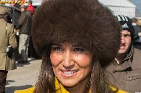 pippa middleton u0027s fur hat u0026 yellow coat at cheltenham races remind