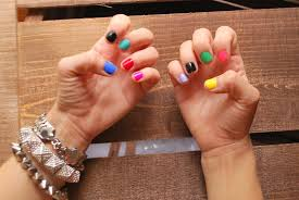 nail with multi colors