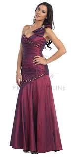 kleider fã r brautjungfer die besten 25 wine colored prom dresses ideen auf