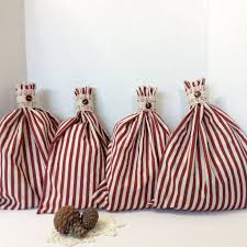 cloth gift bags 93 best christmas fabric gift bags images on christmas