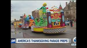 thanksgiving captions road closures parking and more for america u0027s thanksgiving day