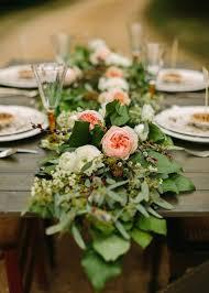 composition florale mariage decoration table mariage fleurs un mariage thème noir et gris le