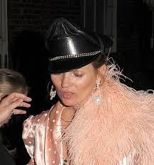 Schlafzimmerblick Party Nacht Kate Moss In Desaströsem Zustand Promiflash De