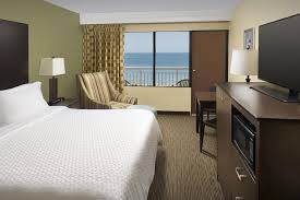 Virginia Beach 2 Bedroom Suites Hotel Four Points Oceanfront Virginia Beach Va Booking Com