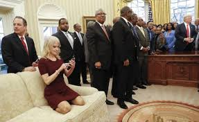 Gold Curtains In The Oval Office In Pictures Offbeat In The Oval Office Bbc News