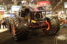 monster truck videos 2013 leaving las vegas name your favorite 2013 sema show car motor