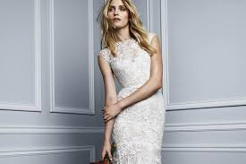 monique lhuillier bridal monique lhuillier u0027s one day bridal sample sale is popping up in