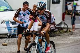 ag2r la mondiale si e social sponsoring 130m d équivalent publicitaire pour l équipe cycliste