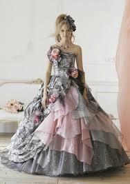 robe mari e originale robe mariee couleur originale robe et blanche dentelle
