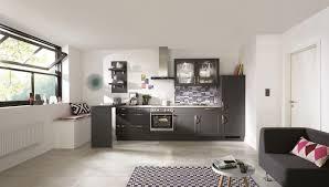 cuisine gris ardoise cuisine blanche et ardoise dco cuisine blanche avec un tableau en