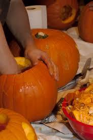 yalies host refugee halloween party
