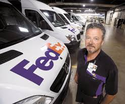 how much do fedex drivers make