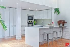white contemporary kitchen cabinets gloss high gloss cabinets design ideas